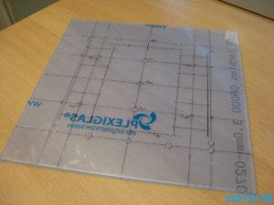 Plexiglas LED Deckenlampe Bohrlöcher anzeichnen 2