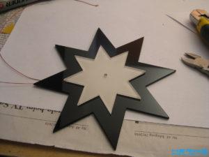 Plexiglas Stern zusammenkleben
