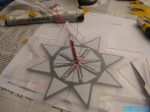 Plexiglas Stern zusammenkleben 1