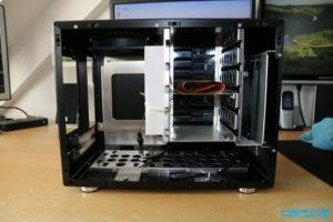 LianLi PC-Q25B Homeserver Innen