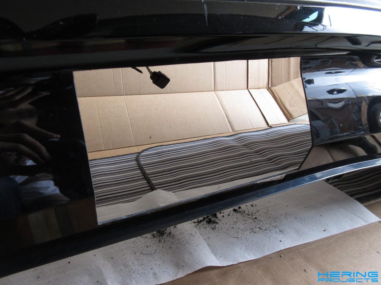Seat Leon 5F Ausschnitt in Heckschuerze für Anhaemgerkupplung