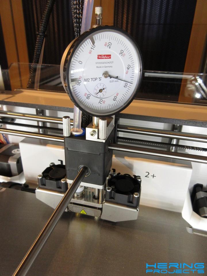 Ultimaker Messuhrhalter beim Einsatz